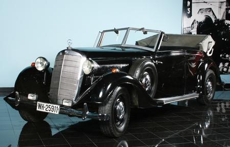 Jones - Car